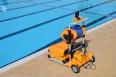 Професионален робот за басейни Dolphin Wave 200XL на промоционална цена от 21123,00лв.
