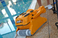 Професионален робот за басейни Dolphin Wave 100 на промоционална цена от 8212,00лв.
